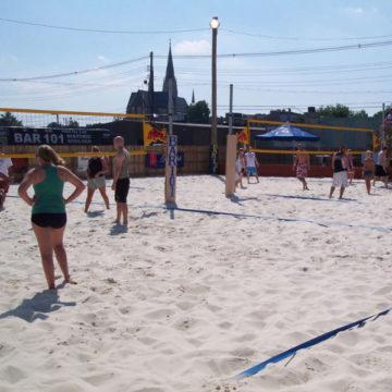 Bar 101 volleyball